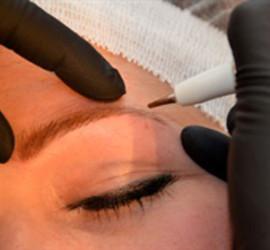 Permanente makeup wenkbrauwen